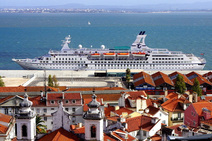 MS Astor Lissabon