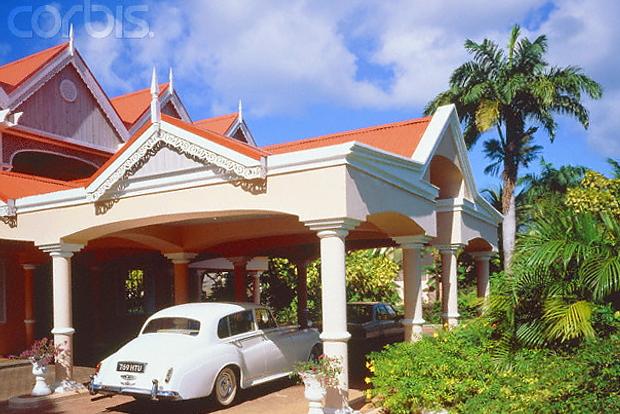 Coco Reef Hotel Tobago © Copyright CorbisImages karl heinz haenel