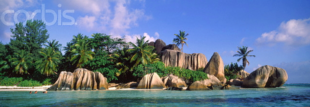 La Digue Seychelles © Copyright Karl Heinz Haenel and CorbisImages 42-15347943
