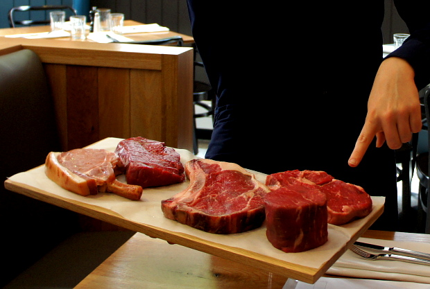 Im James Street South kommt nur bestes Fleisch auf den Teller © Copyright by PANORAMO BlogDSC06655