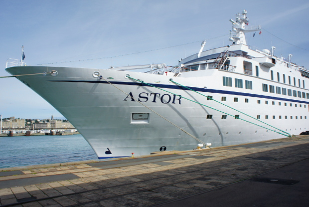 MS Astor in Le Havre am Kai  © Copyright by PANORAMO