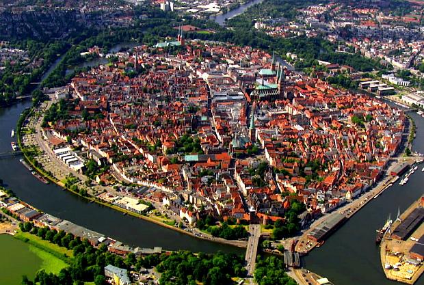 Lübeck @ Die Ostsee von oben ...