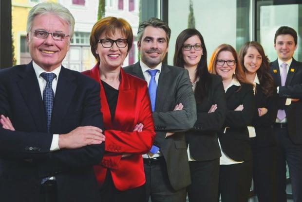 Familie Fränkle und Team (v.l.n.r.) Der Blaue Reiter © Copyright by Der Blaue Reiter