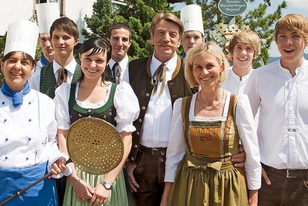 Inhaber & Betreiber Karl Mayr und Sein Team vom Hotel Die Mittelberg