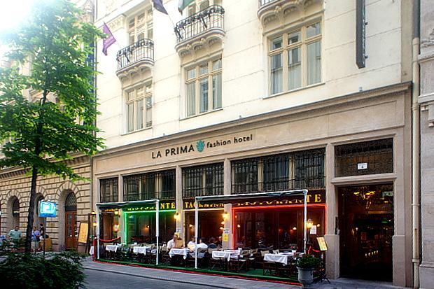 Budapest design hotel la prima nahe elisabeth br cke for Top design hotels budapest