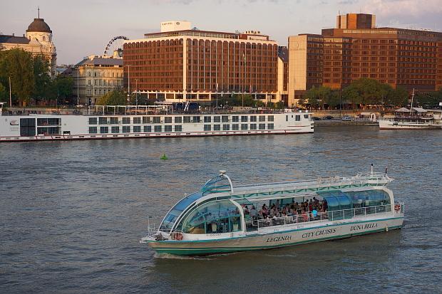 Die Donau in Budapest 2013 © Copyright by PANORAMO Bild lizensieren: briefe@panoramo.de