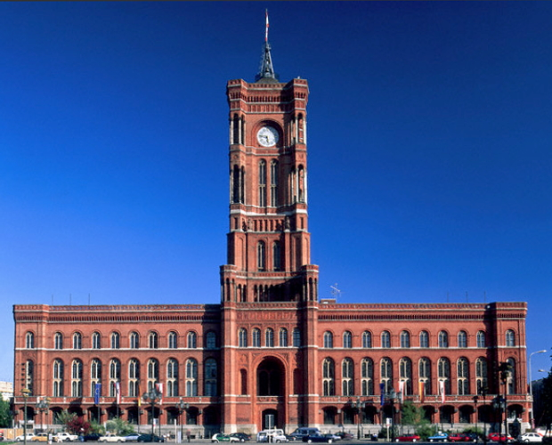 Rotes Rathaus Berlin Germany © Copyrights Karl Heinz Haenel managed by Corbis Images