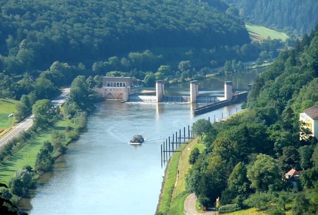 Neckar Staustufe