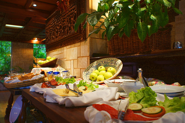 eine Buffet-Auswahl des Bon Sol Mallorca © Copyright PANORAMO Bild lizensieren: briefe@panoramo.de