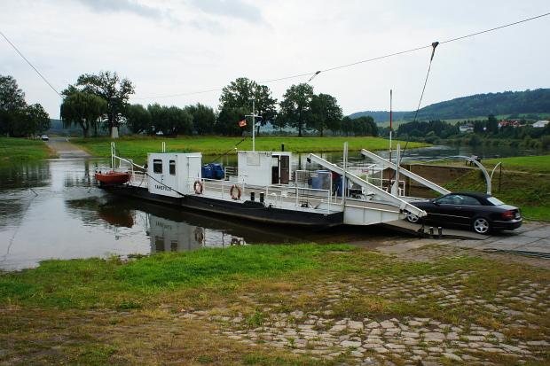 Fähre Polle an der Weser © Copyright PANORAMO Bild lizensieren: briefe@panoramo.de