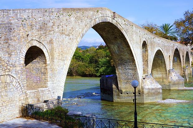 Zabori Mountains, die Brücken - Epirus © Copyright by PANORAMO Bild lizensieren: briefe@panoramo.de