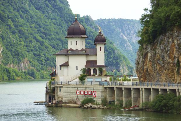 Kloster Mraconia Donau Das Eiserne Tor © Copyright by PANORAMO Bild lizensieren: briefe@panoramo.de