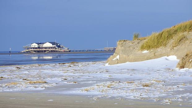 Nordseeküste vor St. Peter Ording © Copyright by PANORAMO