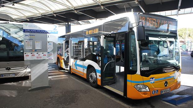 Express Bus Linie 98 Nizza © Copyright by PANORAMO