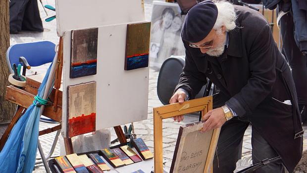 Gorghy, einst in Ägypten geboren, seit Jahren auf Montmartre Paris für Liebhaber © Copyright by PANORAMO