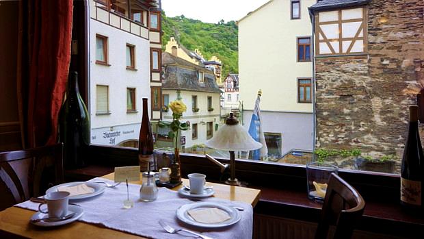 Stüber Rheinhotel © Copyright by PANORAMO Bild lizensieren: briefe@panoramo.de