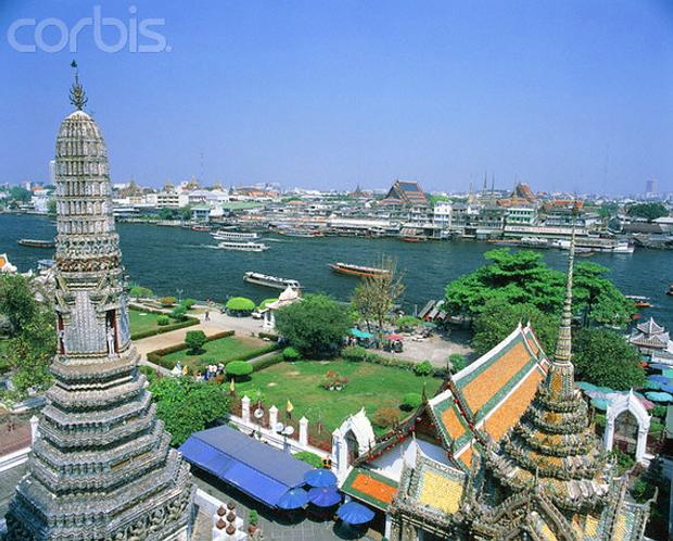 Tempel Wat Arun in Bangkok© Karl-Heinz Haenel/Corbis 42-15347914