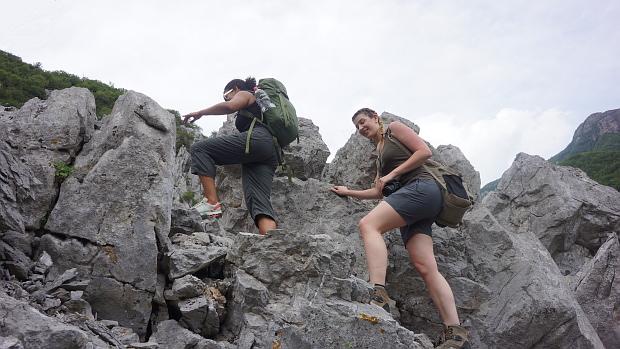 Jackie und Laura klettern © Copyright by Karl-Heinz Hänel
