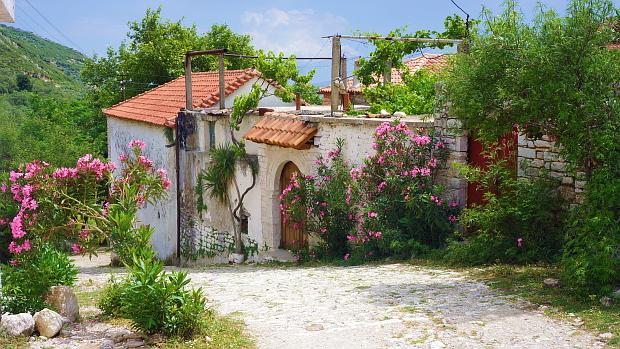 Qeparo Adria Süd- Albania © Copyright by Karl-Heinz Hänel