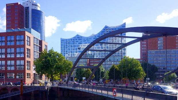 Elbphilharmonie Hamburg © Copyright by Karl-Heinz Hänel