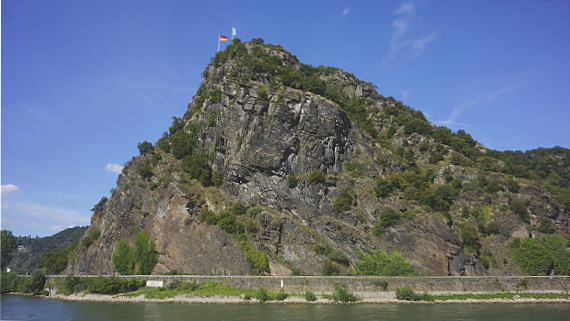 Loreley am Rhein Foto © Copyright Karl-Heinz Haenel