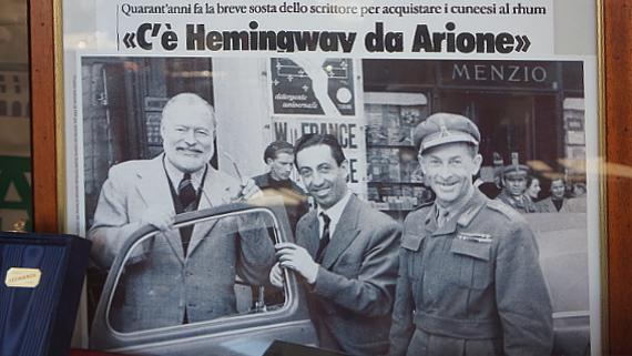 Hemingway in Cuneo Foto © Copyright ARIONE
