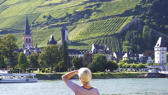 Bacharach am Rhein, Blick von der Flora von A-Rosa © Copyright by Karl-Heinz Hänel