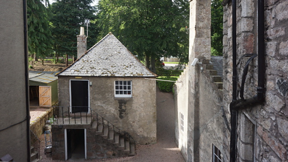Macdonald Pittorie House - Scotland © Copyright Karl-Heinz Hänel