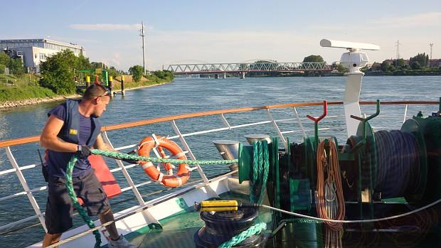 Arbeitsplatz Flusskreuzfahrtschiff der A-ROSA © Copyright Karl-Heinz Hänel