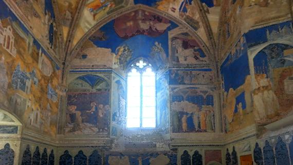 im Papstpalast von Avignon © Copyright by Karl-Heinz Hänel