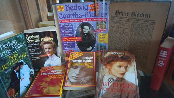Hedwig-Courths-Mahler-Archiv © Copyright Karl-Heinz Hänel
