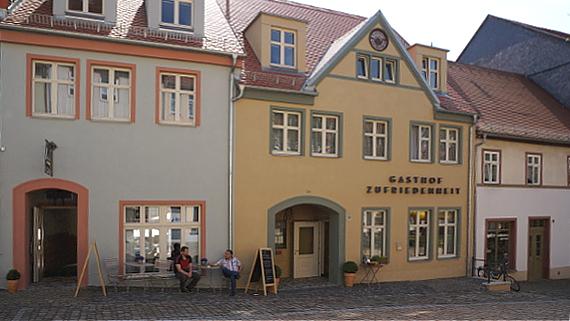 Gasthaus Zufriedenheit Saale-Unstrut © Copyright Karl-Heinz Hänel