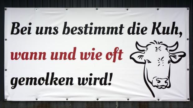 Milchvieh-Betrieb Trede © Copyright Karl-Heinz Hänel