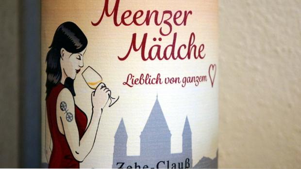 bei der Winzerin Birgit Zehe-Clauß © Copyright Karl-Heinz Hänel