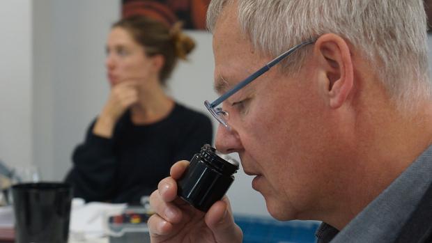 Ernst Büscher DWI im Sensorik-Seminar © Copyright Karl-Heinz Hänel