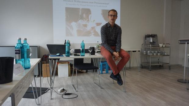 Manuel Bretschi DWI im Sensorik-Seminar © Copyright Karl-Heinz Hänel